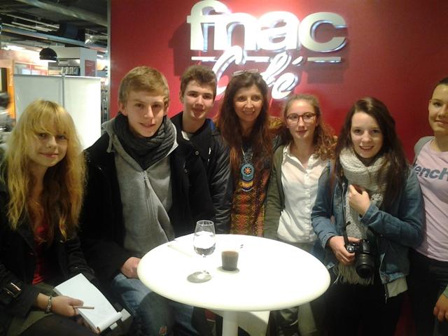 http://www.college-lycee-iroise-brest.ac-rennes.fr/sites/college-lycee-iroise-brest.ac-rennes.fr/local/cache-vignettes/L640xH480/avec_carole_martinez-46e87.jpg